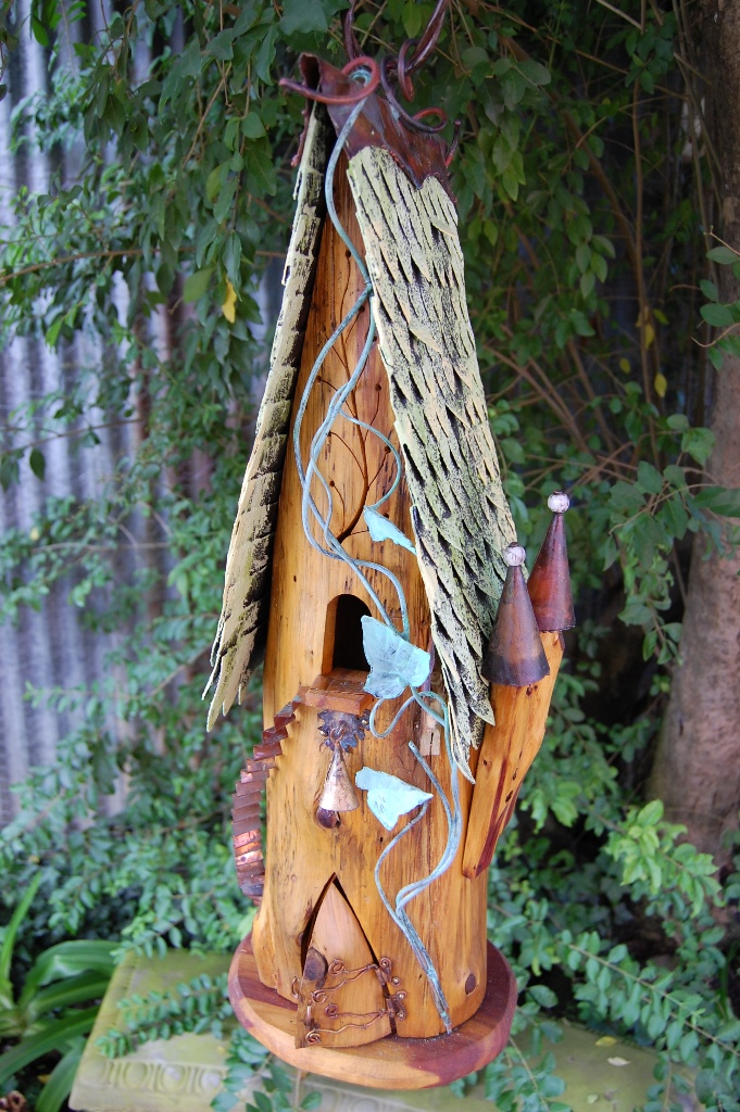 painted iron roof dragon scale vented vine yellow green 27 x 8 595 - Painted Wood Castle 2015