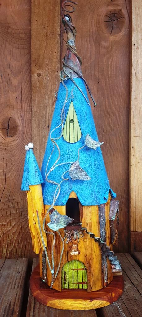 Birdhouse MY 0518